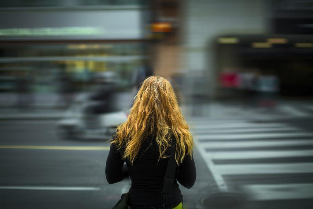 Sininauhasäätiö: Asunnottomuus- ja päihdetoimijat  – huoli kriisin vaikutuksista on suuri