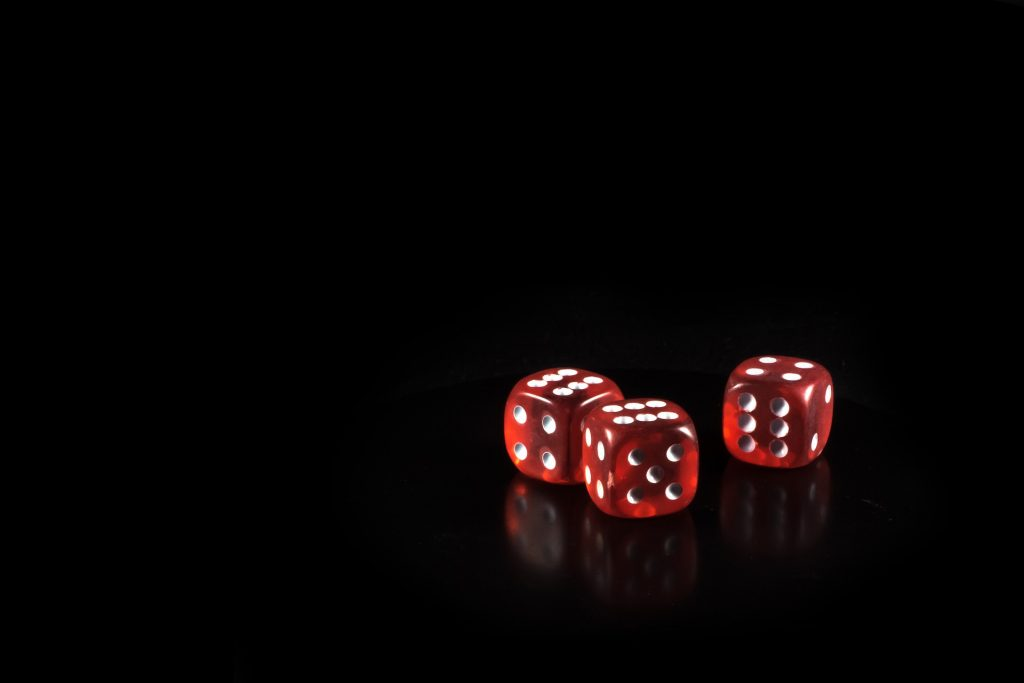 Blogi: Korona-ajan vaikutukset rahapelaajiin ja heidän läheisiinsä
